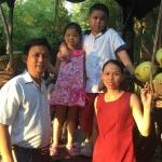 Anh Bùi Văn Trúc và gia đình